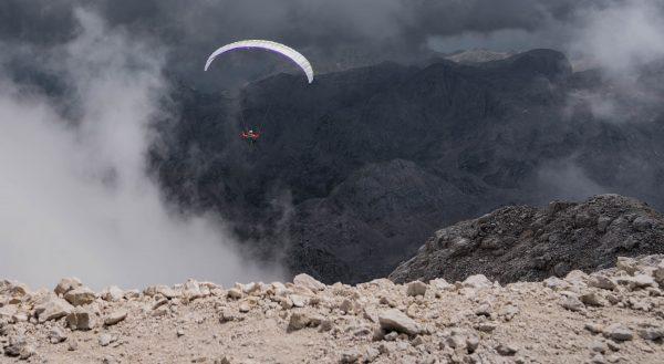 Flug vom Gipfel des Triglavs