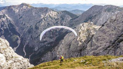 Klettern im Schobertal, Abflug mit dem Gleitschirm