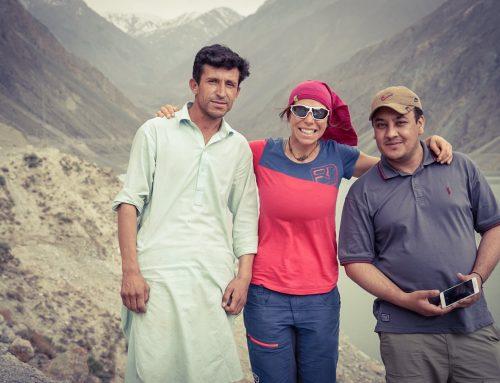 Zwischen Kopftuch, Kalaschnikov und Karakorum